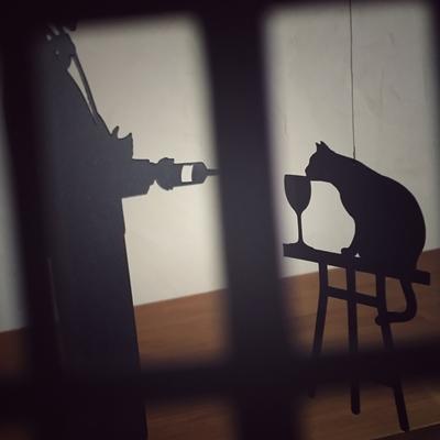 モビール「ソムリエと猫」